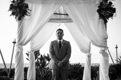 425-Aulani-Jeremiah-413-Portraits-Royal-Lahaina-Maui-Wedding-Photography